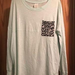 Cheetah pocket mint long sleeve